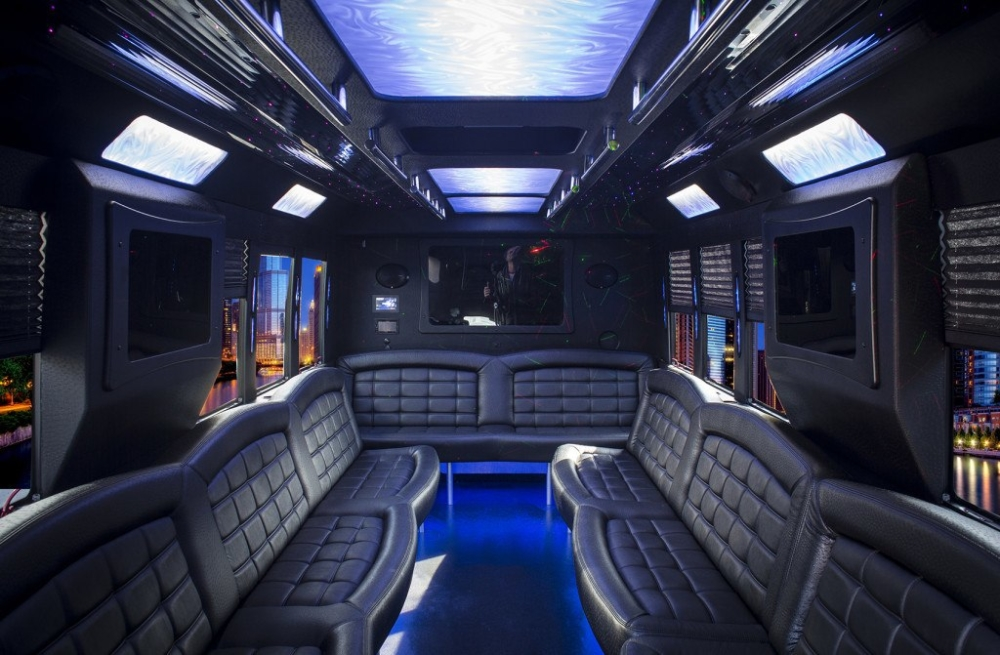 Ford 20 passenger limo party bus inside 02
