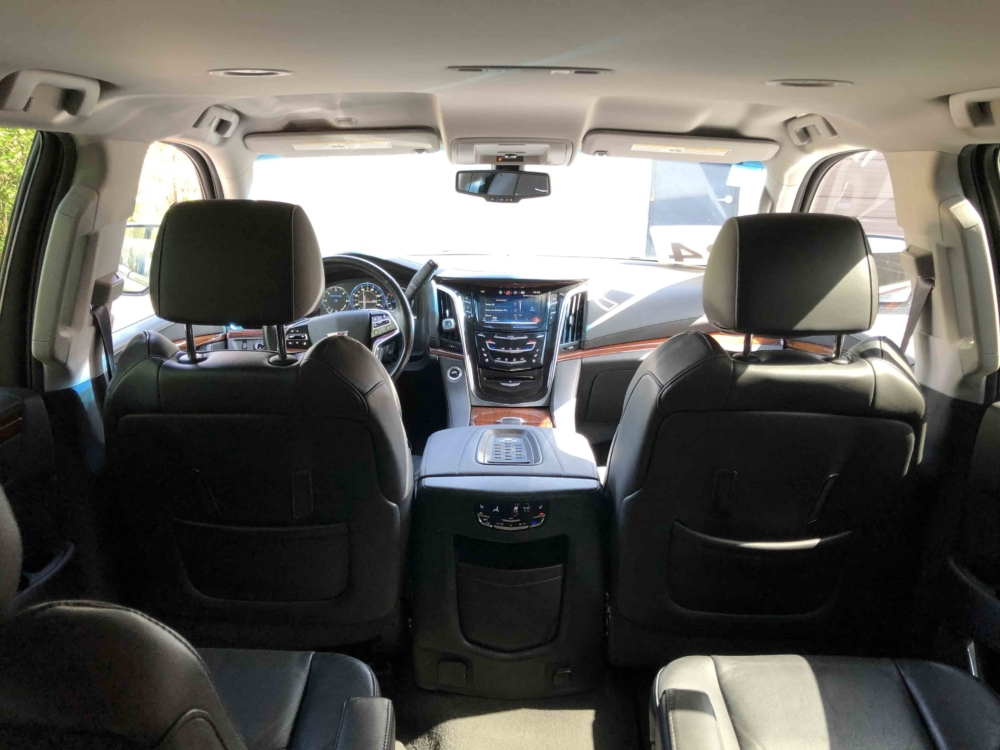 Latest Model Cadillac Escalade Interior 03