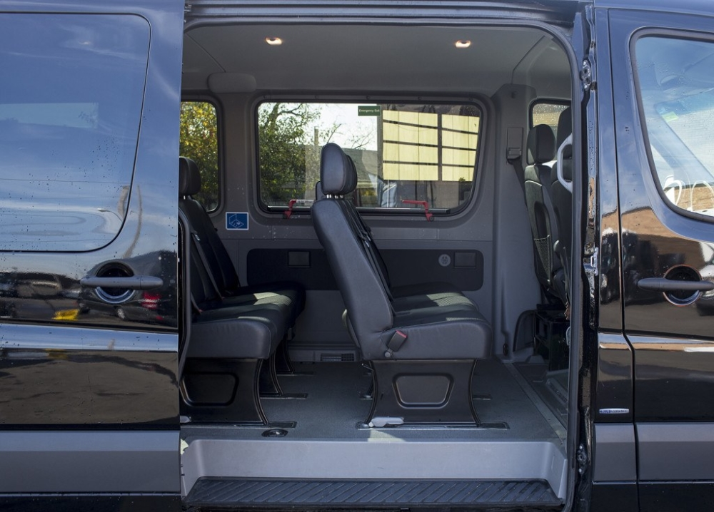 Mercedes Benz Limousine Bus 14 Passenger Passenger Side Open
