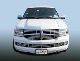 14 Passenger SUV Limousine Exterior